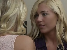 Blonde lesbians Summer Day and Katie Morgan