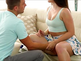 Pretty Lola Foxx fucked hard and receives a cumshots into her mouth