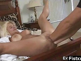 Big Booty Fisting Milf Naked Makeout